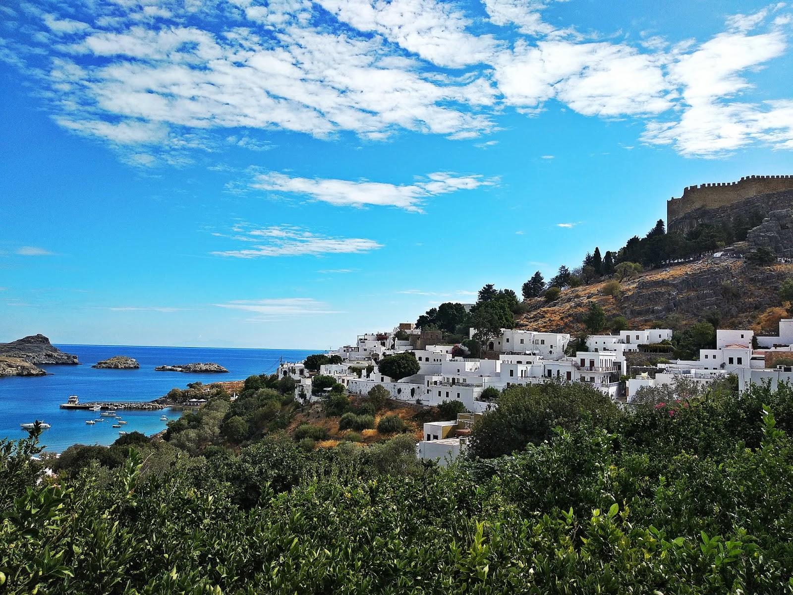 lindos miasto rhodes rodos karyn grecja  blog modowy blogerka modowa podróż poślubna grecja