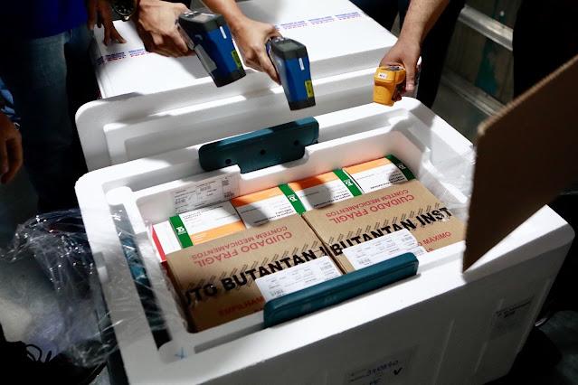 Pernambuco recebe mais 118.200 doses de vacina contra a Covid-19