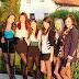 Junge Mädchen in Strumpfhosen