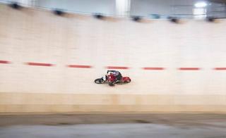 Guy Martin Pecahkan Rekor Tercepat Dunia di Wall Of Death
