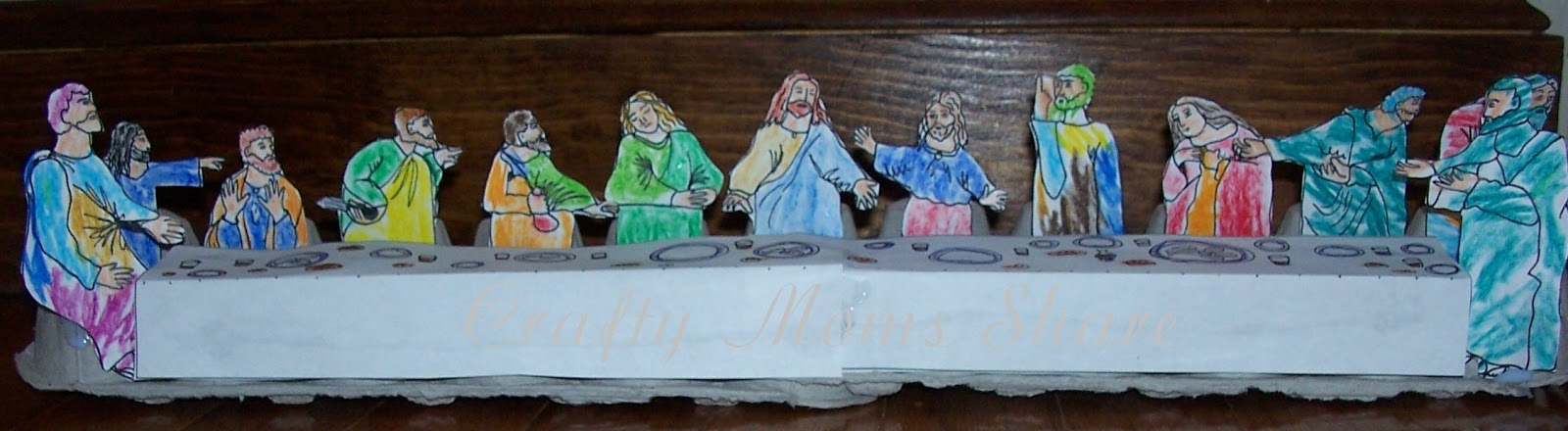 Crafty moms share some more easter crafts first i will share our last supper craft we actually brought this to church for use with the 3 5 year old classroom when they talked about the last supper negle Gallery