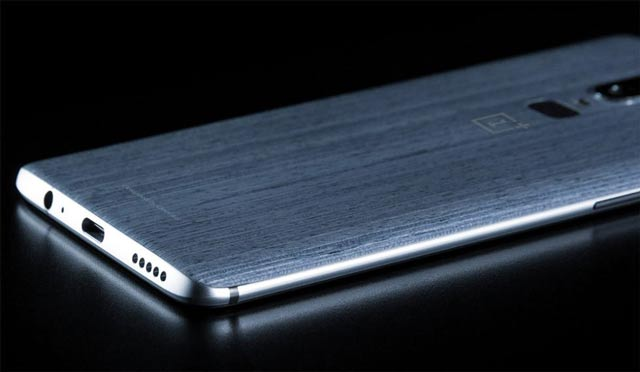 oneplus-6-new-photo-unveiled-a-back-like-a-wood