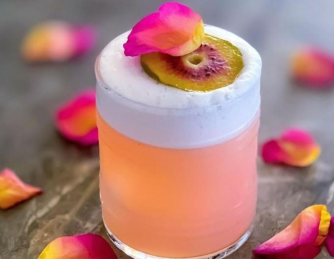 Rose Kiwi Gin Cocktail