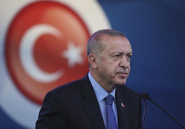 Ερντογάν: Αναστατωθήκαμε από το σχέδιο του Σάρατζ να παραιτηθεί