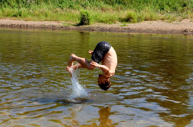 salto w rzece