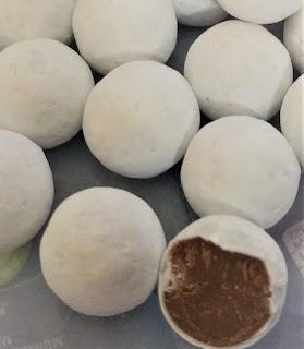 Cadbury Snowballs