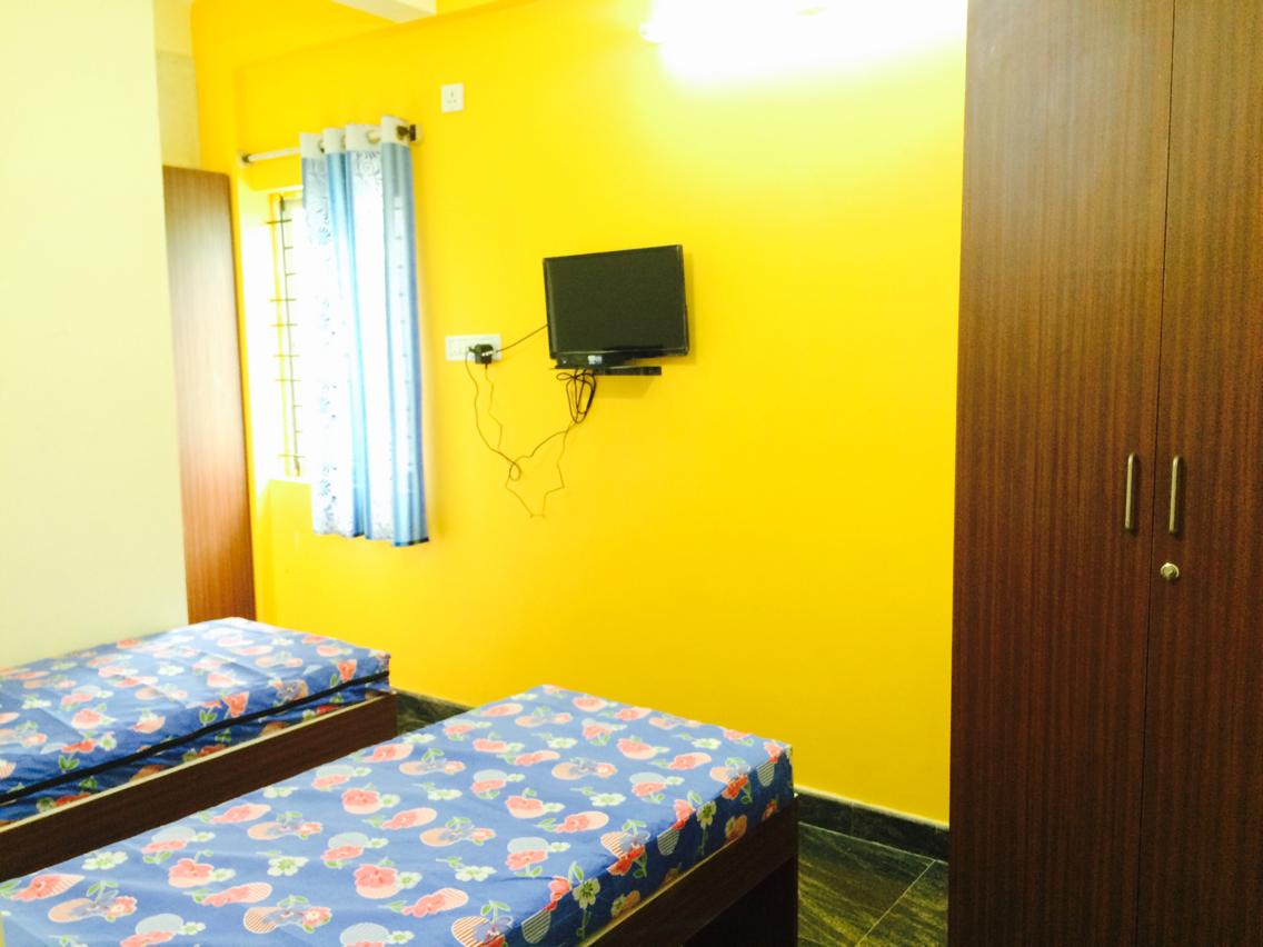 Sri lakshmi balaji new deluxe pg for ladies - Average pg e bill for 3 bedroom house ...
