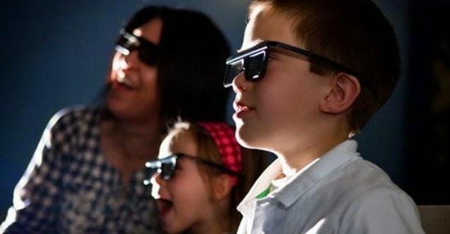 Trẻ dưới 6 tuổi không nên xem ảnh 3D