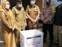 2.587 Dosis Vaksin Covid-19 Jenis Sinovac Tiba Di Dinkes Lamsel