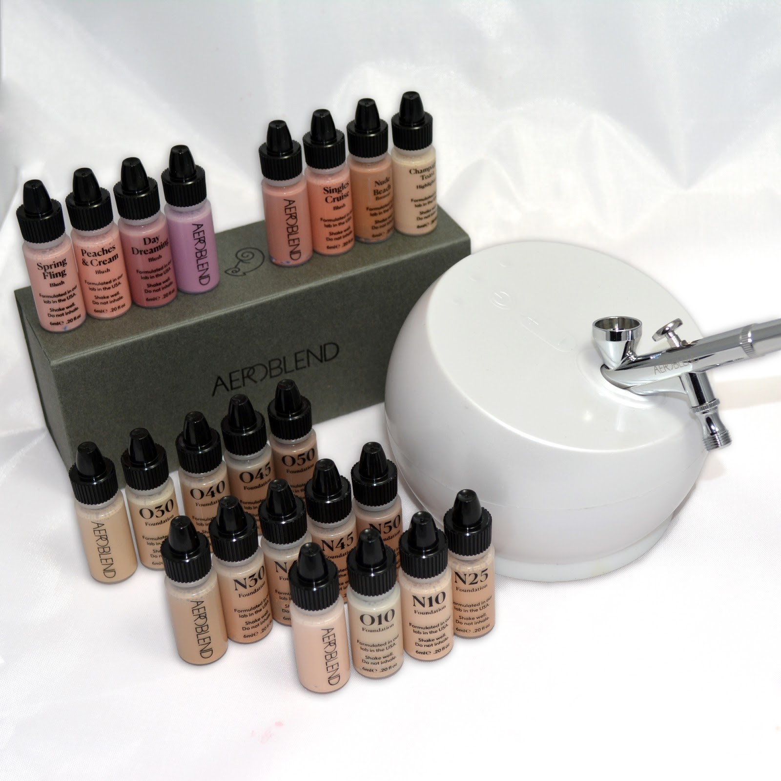 The Airbrush Makeup Guru Aeroblend Airbrush Makeup 2 0 Starter Pro