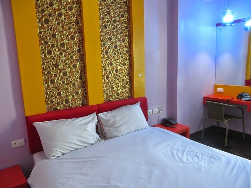 Двухспальная кровать в отеле