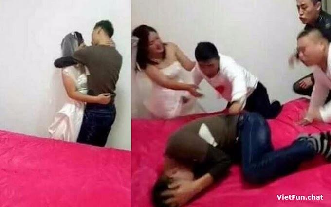 Chồng phát hiện vợ và thằng bạn cứt đang chuẩn bị chịc trong phòng tân hôn