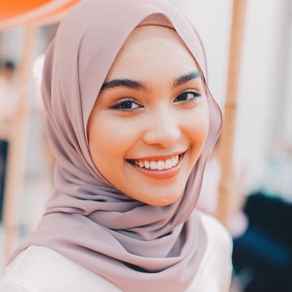 Biodata Penuh Sharifah Rose