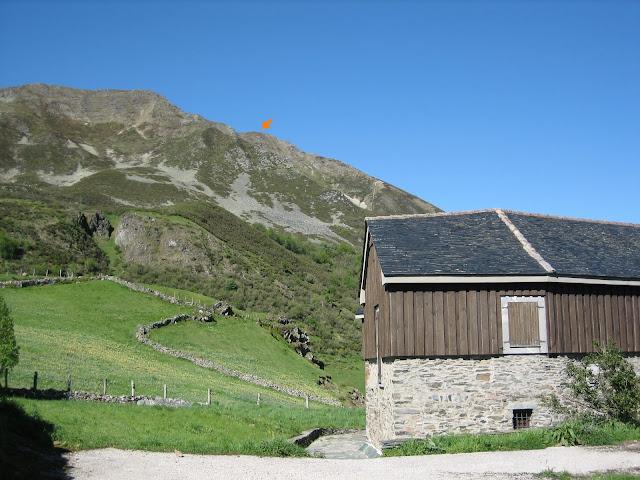 Rutas Montaña Asturias: Inicio de ruta al Cueto Arbás en el Puerto Leitariegos