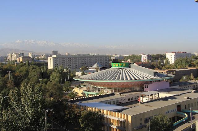 Kirghizistan, Bichkek, Cirque, © L. Gigout, 2012