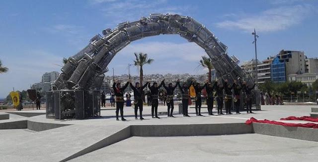 Έγιναν αποκαλυπτήρια του νέου Μνημείου Γενοκτονίας στον Πειραιά