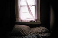 Ξεχάστε όσα ξέρατε για τον ύπνο σας! 5 μυστικά για να κοιμάστε σαν... πουλάκια (ΒΙΝΤΕΟ)