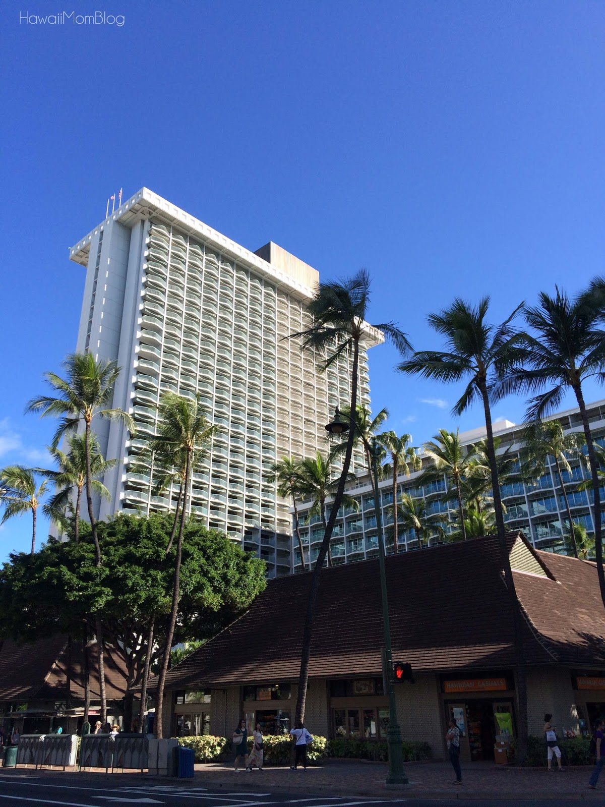 hawaii mom blog our kama aina staycation at the sheraton. Black Bedroom Furniture Sets. Home Design Ideas