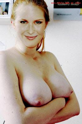 Renee%2BOlstead%2Bnude%2Bxxx%2B%252834%2529 - Renee Olstead Nude Porn Fake Images