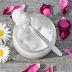 अपनी स्किन को मुलायम और चमकदार बनाने के लिए यूज़ करें ये होम मेड क्रीम