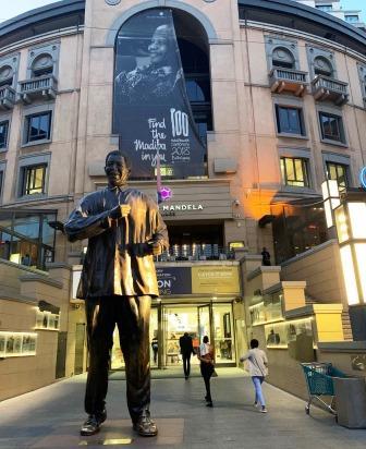 Nelson Mandela statue at Nelson Mandela Square