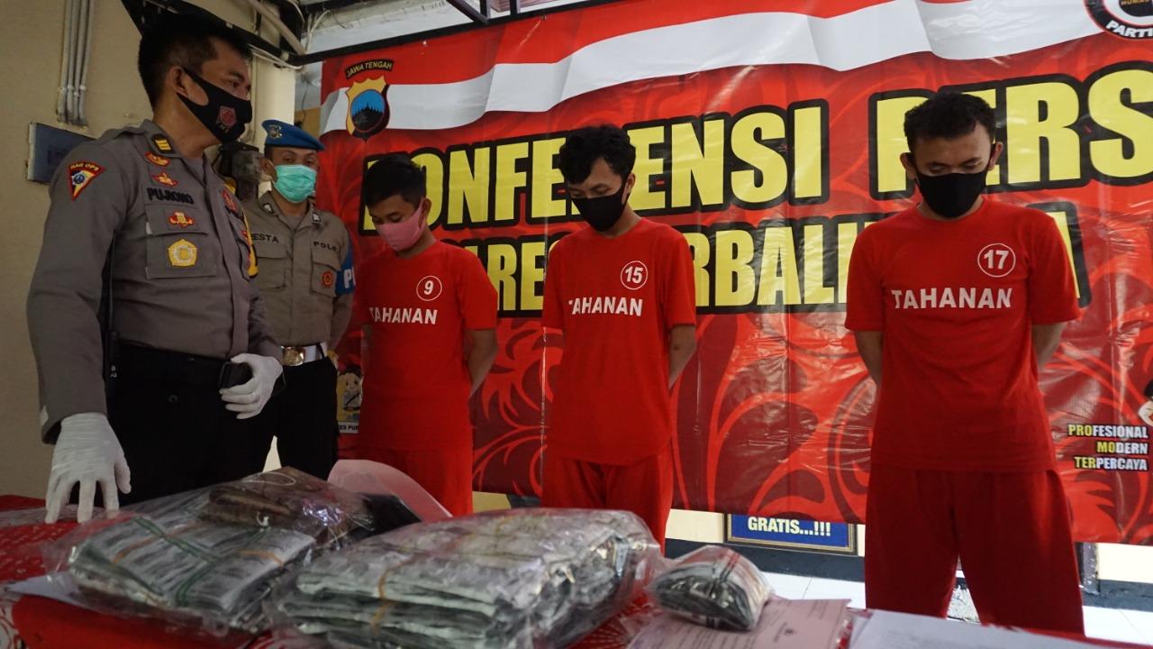 Lagi, Polisi Tangkap Tiga Pengedar dan Sita Ribuan Butir Obat Terlarang di Purbalingga
