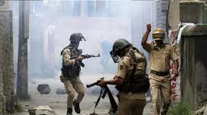 #JaunpurLive : सोपोर में आतंकी हमले में  दो जवान शहीद, दो नागरिकों की मौत