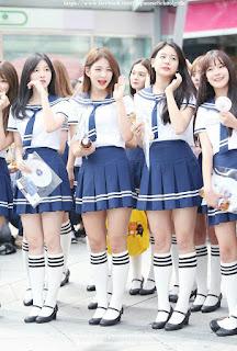 uniformes azules mujeres Asiáticas