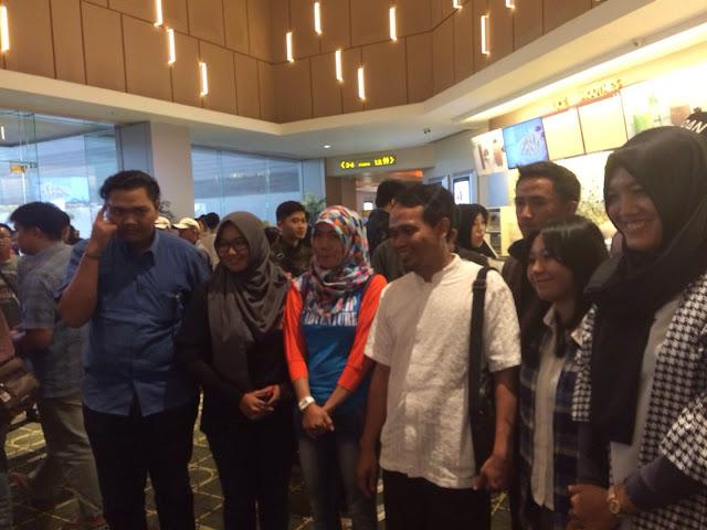 Ketua DPW PKS Lampung Mufti Salim bersama Para Wartawan di Lampung