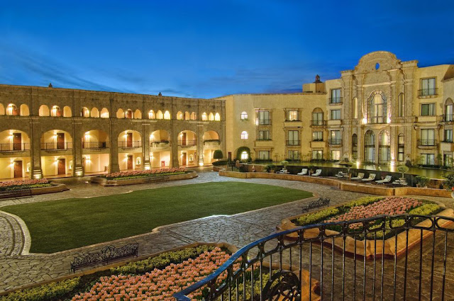 Your perfect stay at San Luis Potosi is at Hilton - business or pleasure. Discover the culture and explore every corner of the best hotel in San Luis Potosi.