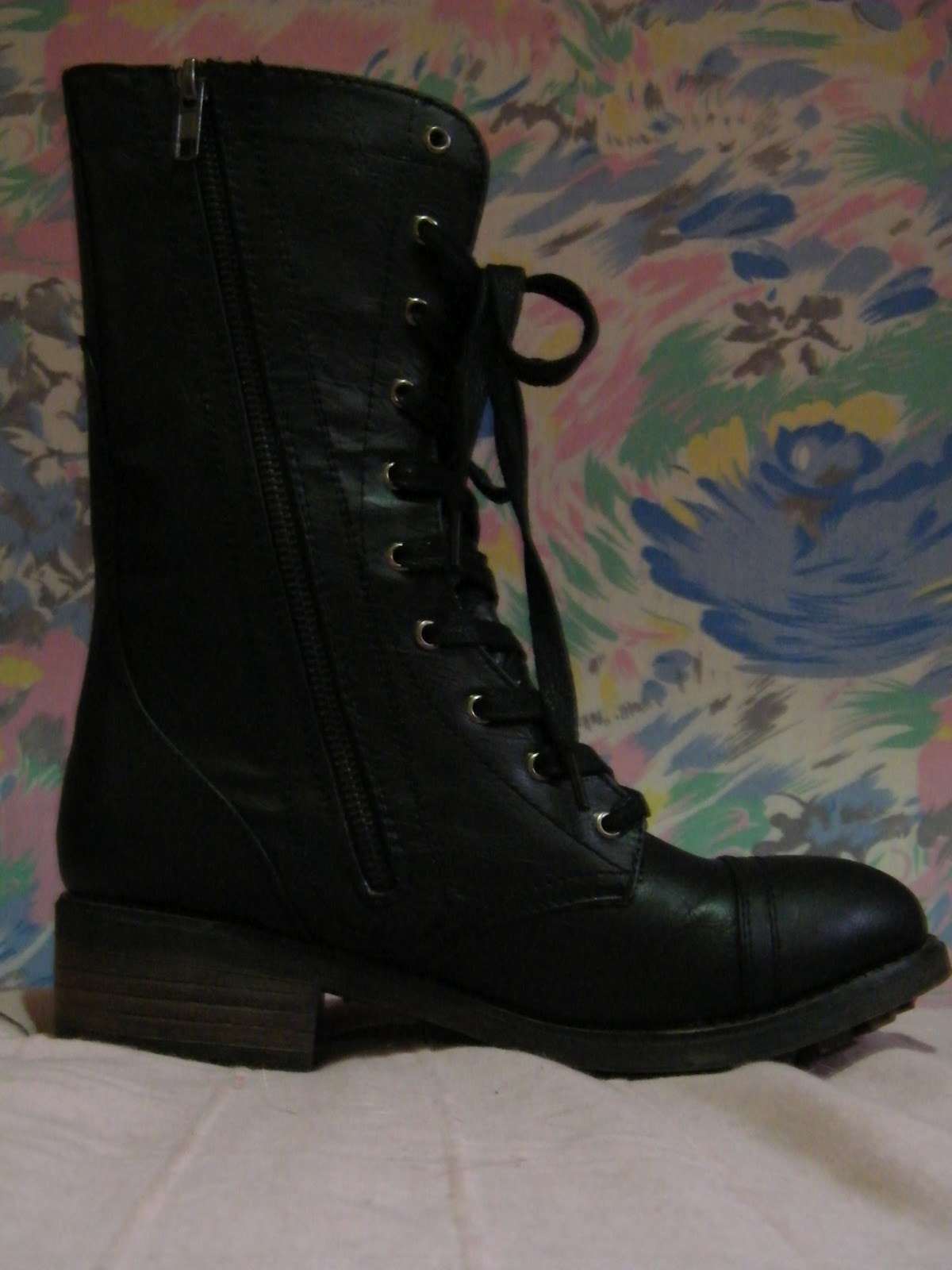 FloralBerries: Coolway: New Boots!