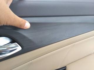 wooden panel wuling cortez berwarna hitam
