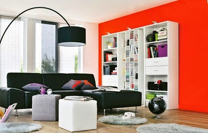 Sala en naranja y negro