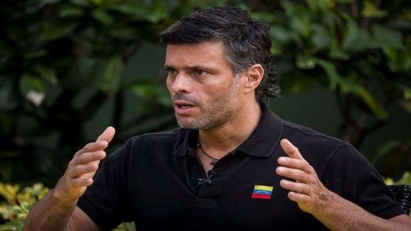 España limitará actividades políticas de opositor Lepoldo López