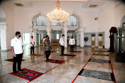 Jokowi Tinjau Kesiapan Prosedur Kenormalan Baru di Masjid Baiturrahim