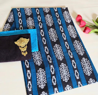 Kain Batik dan Embos 472 Biru