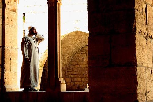 Beberapa Kesalahan Adzan dan Iqomah yang Harus Dihindari