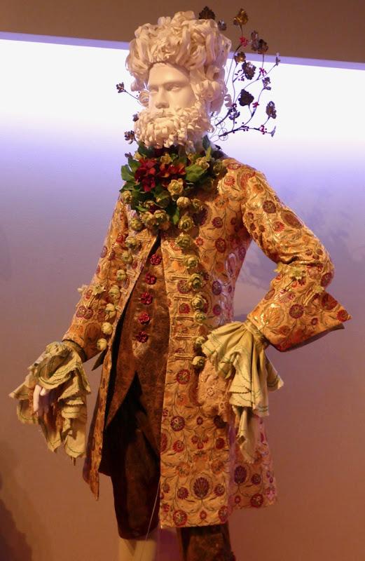 Eugenio Derbez Nutcracker Four Realms Hawthorne costume