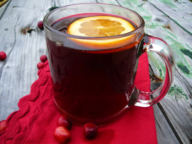 http://www.eat8020.com/2011/11/20ish-cranberry-cider.html