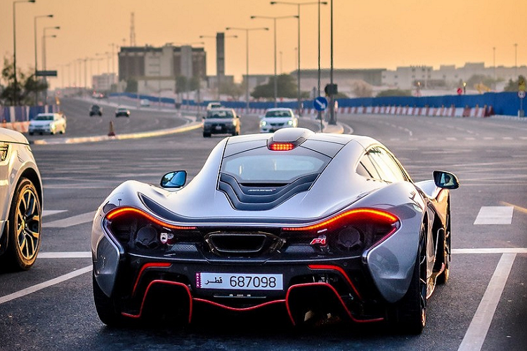 Đại gia Dubai chi 16,1 tỷ đồng độ siêu xe McLaren P1 Project 300