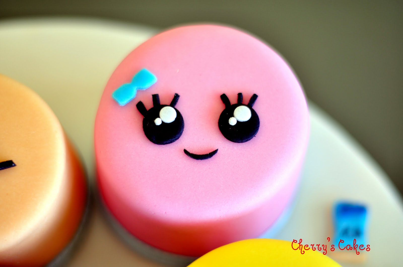 The Beancounter Kawaii Faces White Chocolate Mud Cake