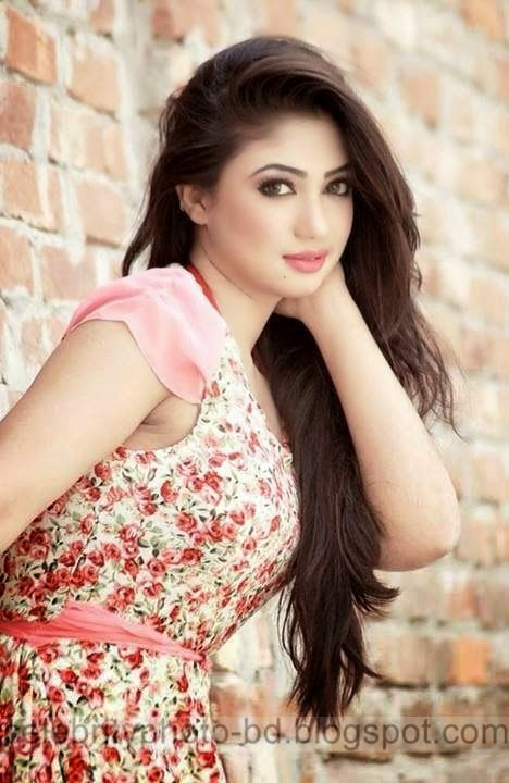 Popular BD Model Achol's Hottest Photos Collection 2014-2015