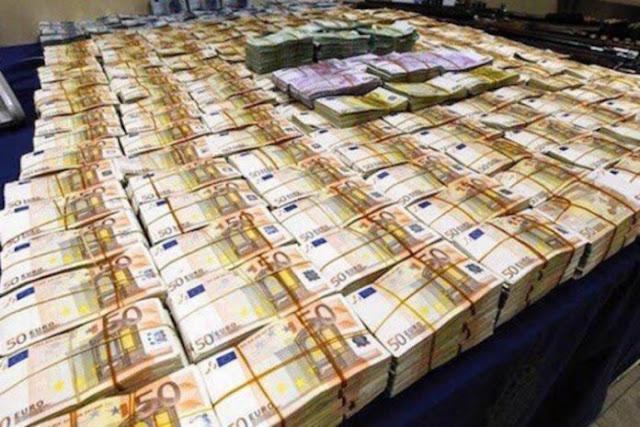 Εντοπίστηκαν 19.000.000 ευρώ μετρητά σε κρύπτη σε σπίτι του Παλαιού Ψυχικού