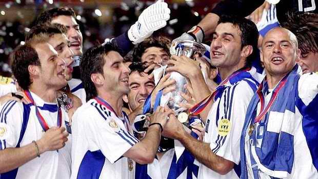 παοκ ολυμπιακοσ γκολ: ΠΑΜΕ ΞΑΝΑ...!!! ΣΑΝ ΣΗΜΕΡΑ ΤΟ 2004 ΤΟ ΠΡΩΤΟ ΝΙΚΗΦΟΡΟ