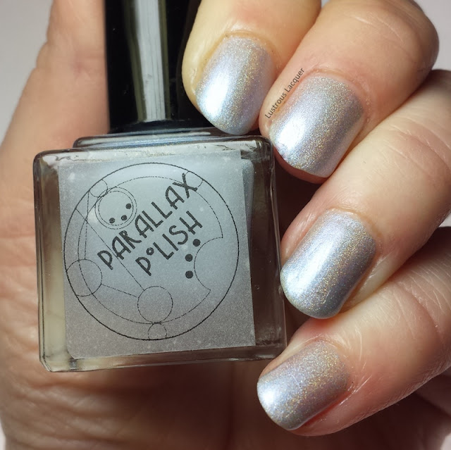 Arctis-Ice-7-seas-collection-Parallax-Polish-Silver-blue-holographic-nail-polish