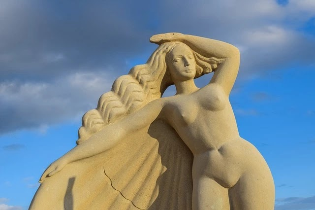 95 Beautiful Facts About Aphrodite