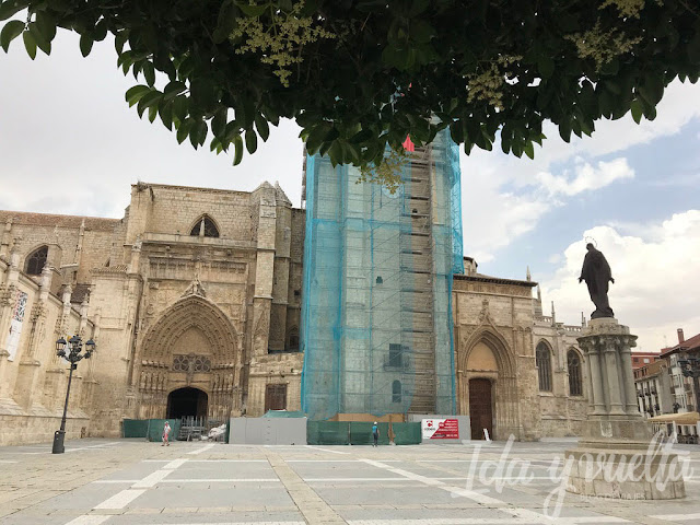 Qué hacer un día en Palencia fachada catedral