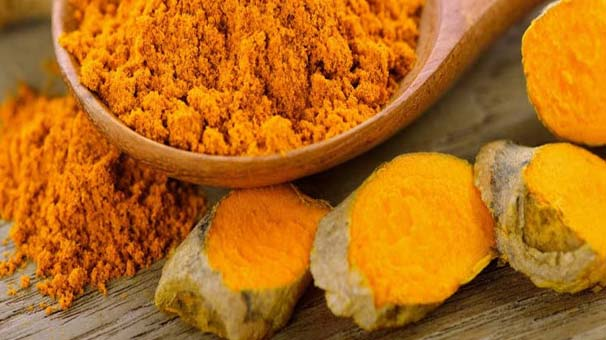 Due to its anti-inflammatory characteristics, the turmeric is capable of solving many health issues instantly; even it keeps you safe from cancer as well.  Method: Mix a spoonful of turmeric powder thoroughly in a glass of warm water and when it cools down, use it once in a day, especially in the night.