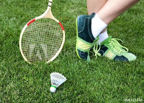 8 Best Badminton Shoes Under 2000