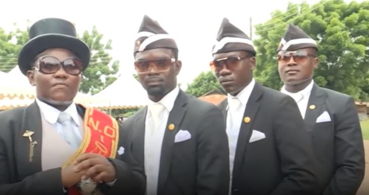 La historia detrás de este MEME: así nació el video de los africanos bailando con un ataúd